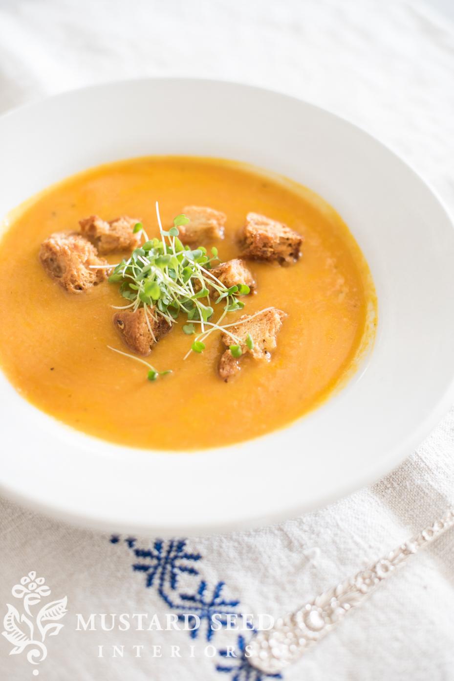 Carrot & White Bean Soup | missmustardseed.com