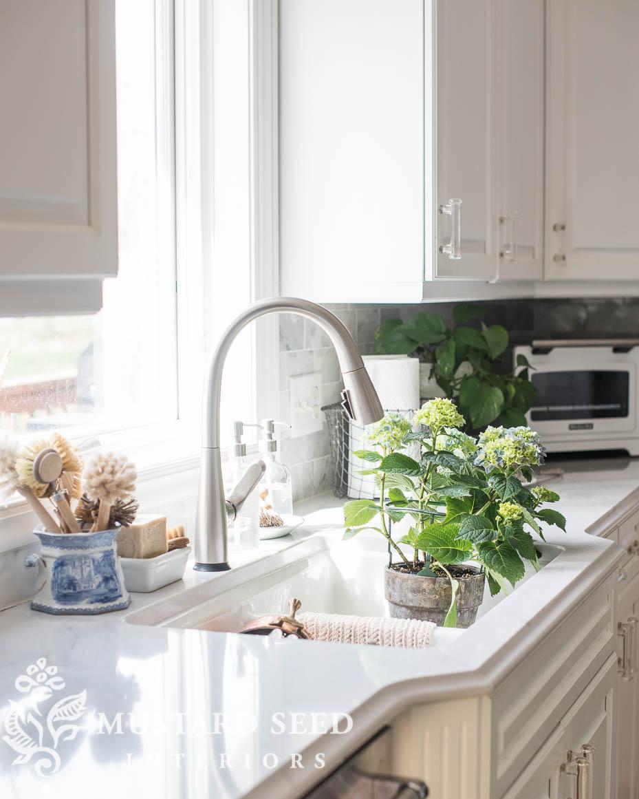 delta dunsley kitchen faucet miss mustard seed