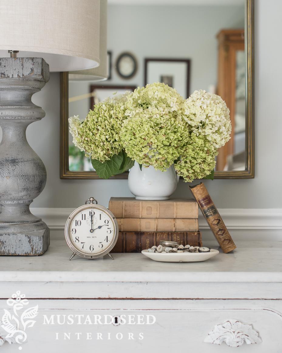 antique-style mirrors hydrangea miss mustard seed