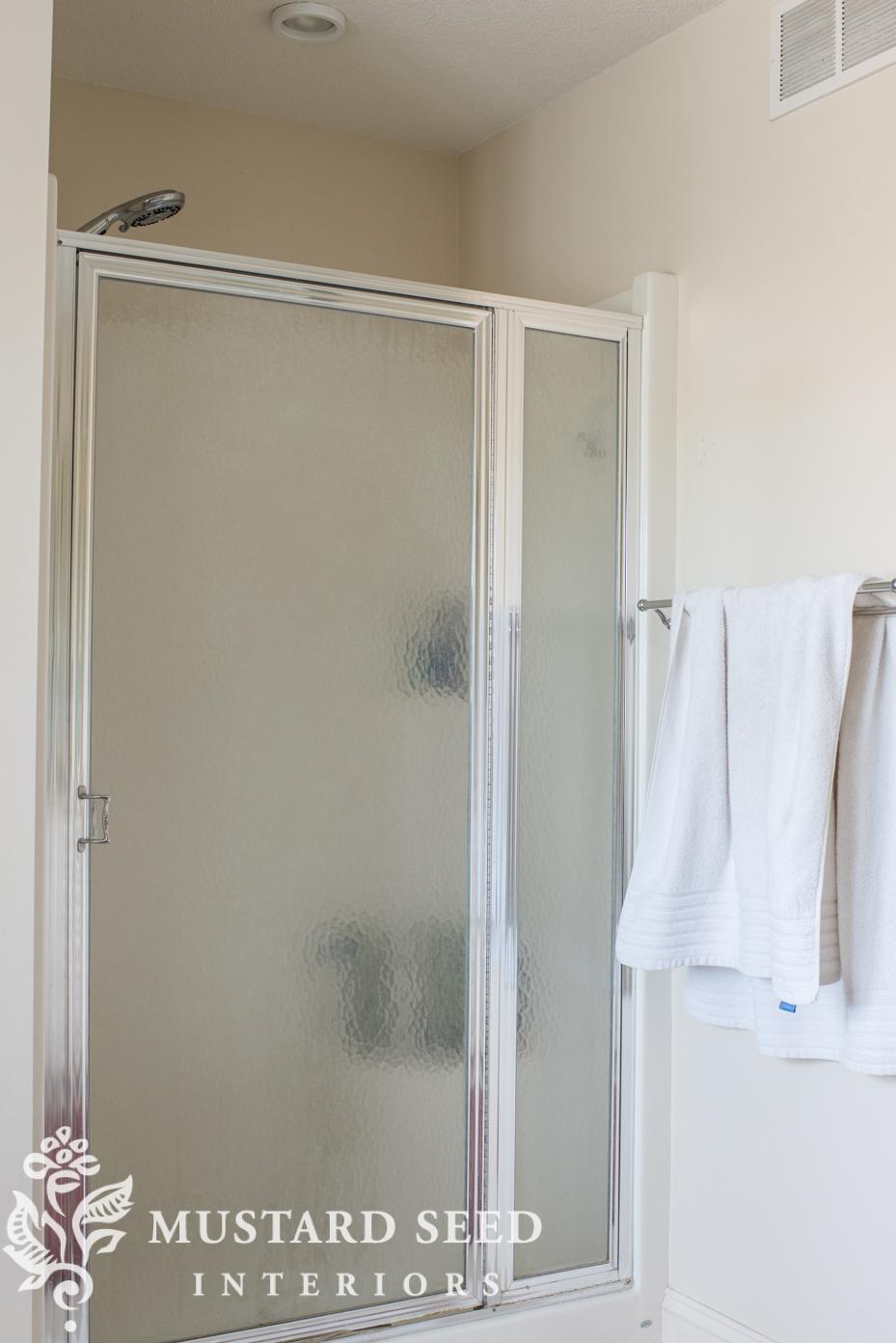 suburban bathroom makeover miss mustard seed