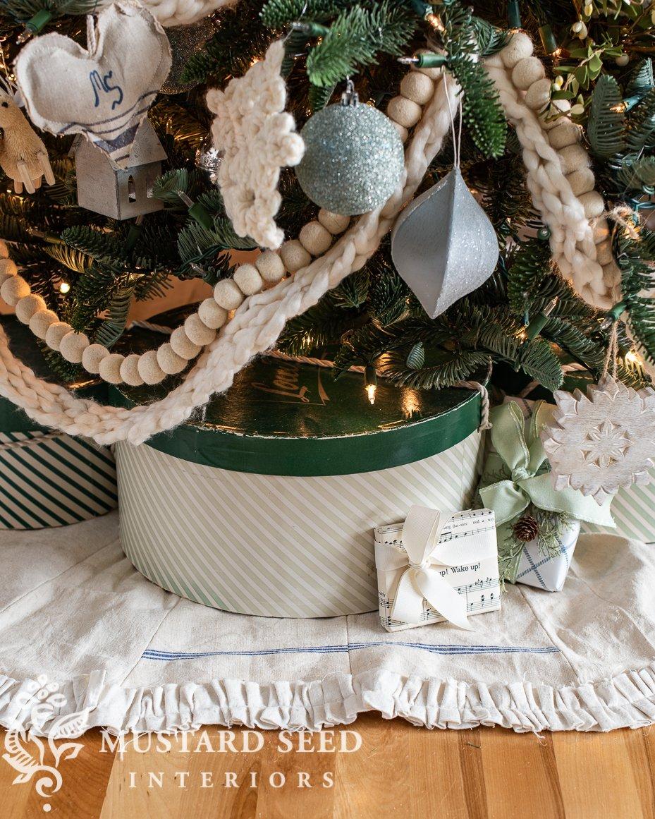 2020 Christmas tree | vintage hat boxes | miss mustard seed
