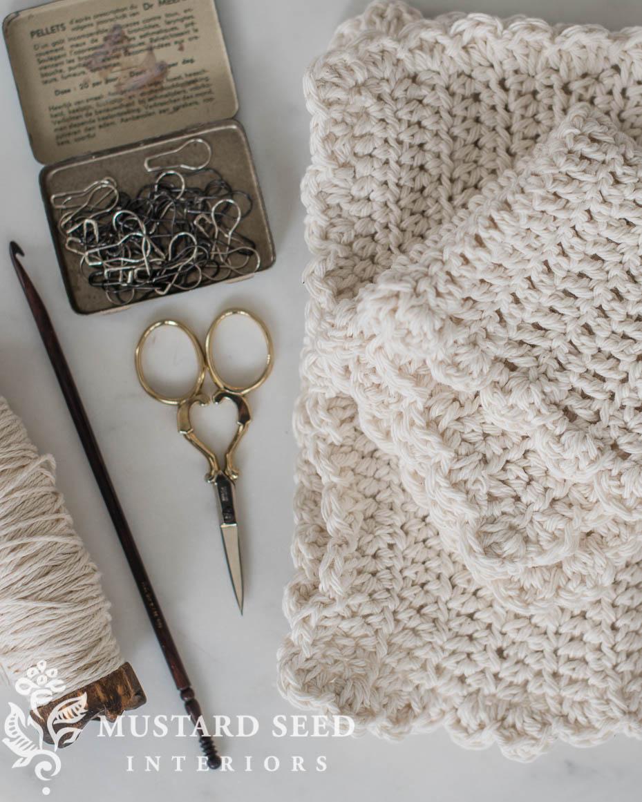 ruffled farmhouse dishcloth crochet tutorial for beginners | miss mustard seed