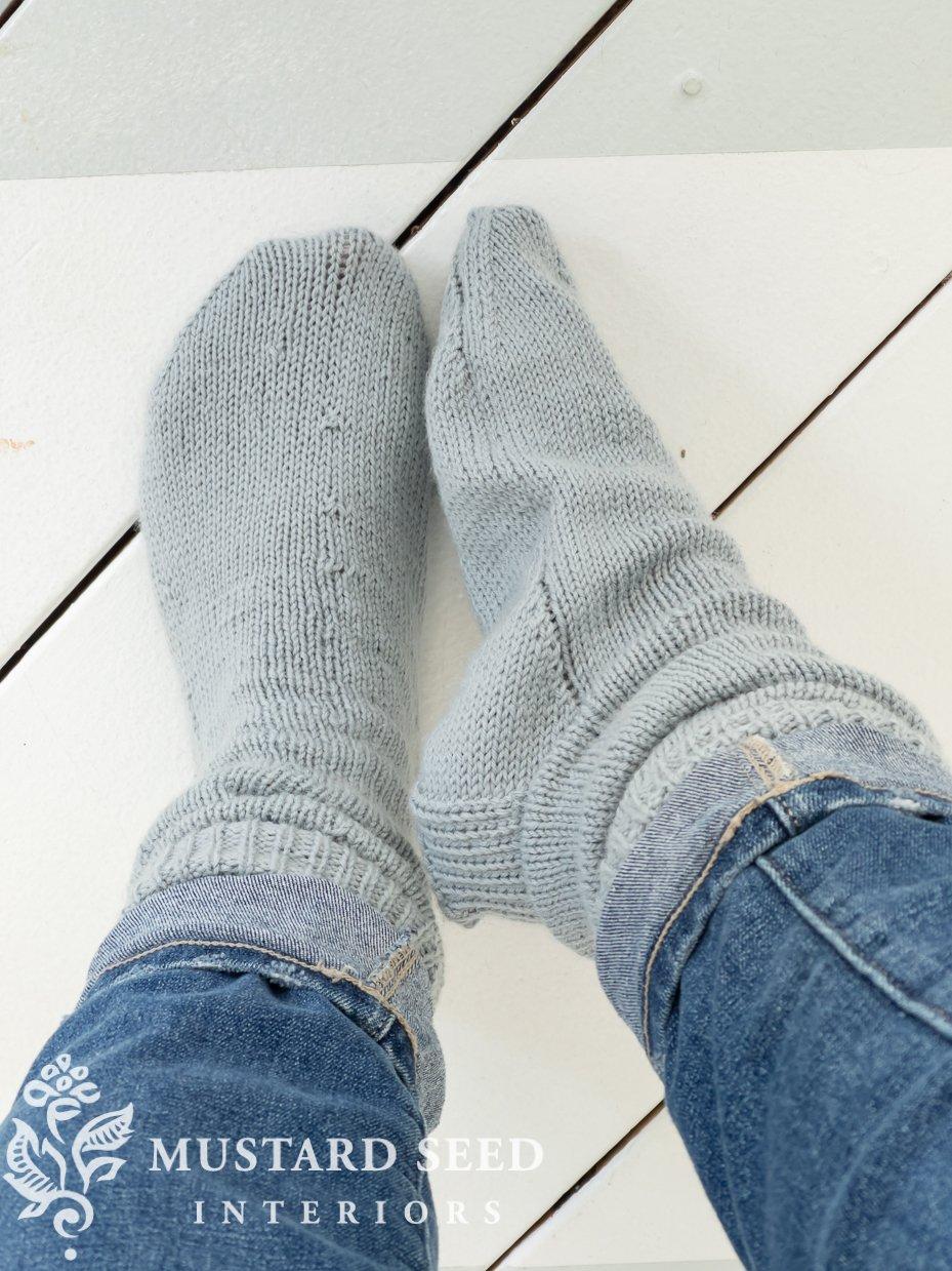 knitting vanilla socks for beginners | miss mustard seed
