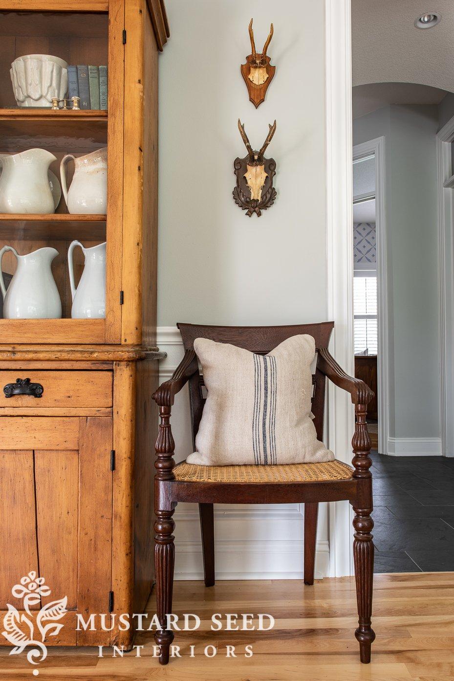 raffles arm chair | antiques | miss mustard seed | feels like home book