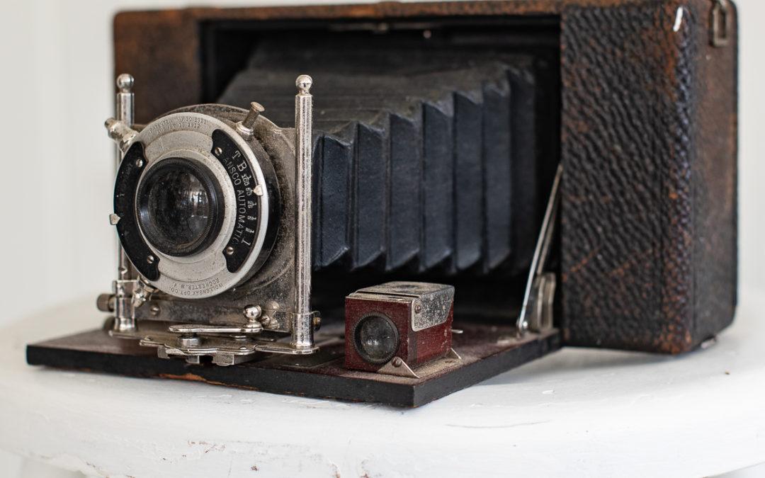 no. 10 Ansco folding pocket camera (circa 1906)