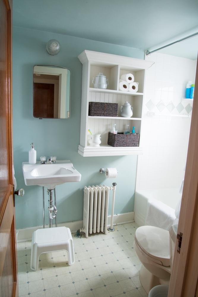 the upstairs bathroom... - Miss Mustard Seed