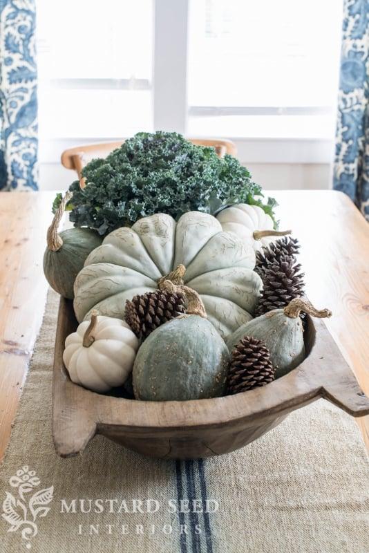 blue pumpkin and gourd centerpiece | fall decor | missmustardseed.com
