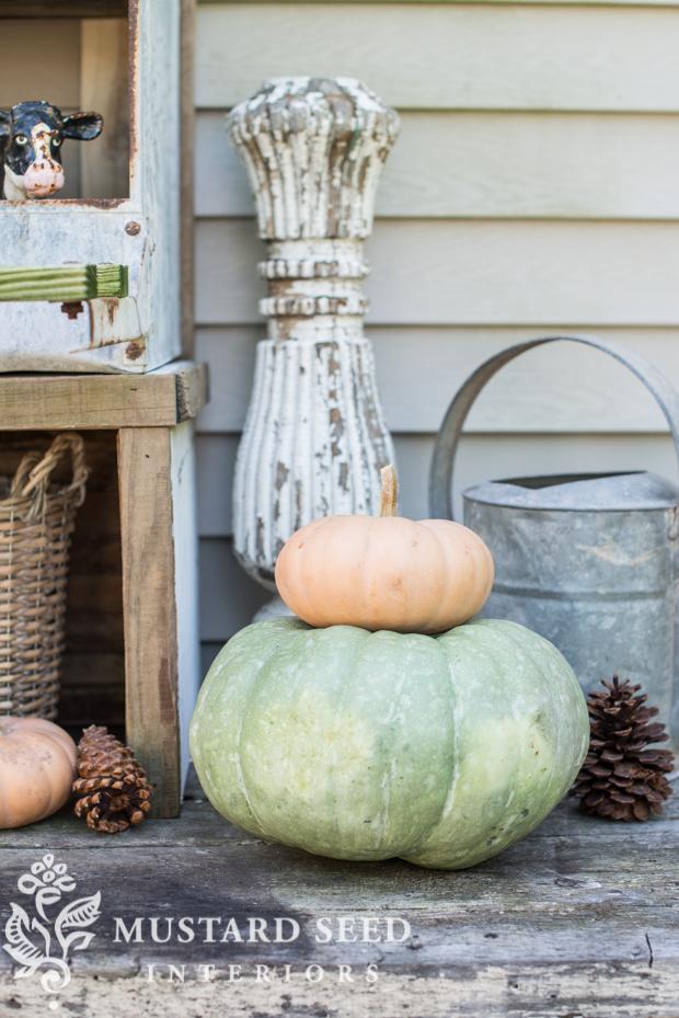 pumpkin stack | farmhouse fall porch | missmustardseed.com