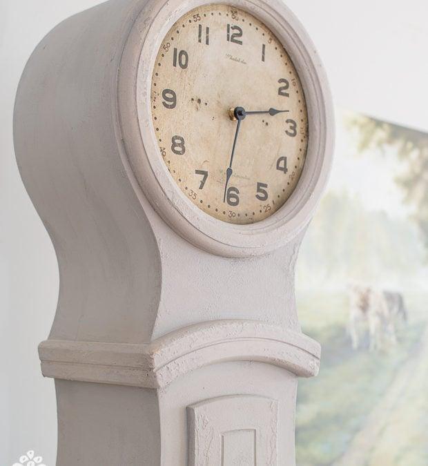 painted mora clock & farmhouse white in australia