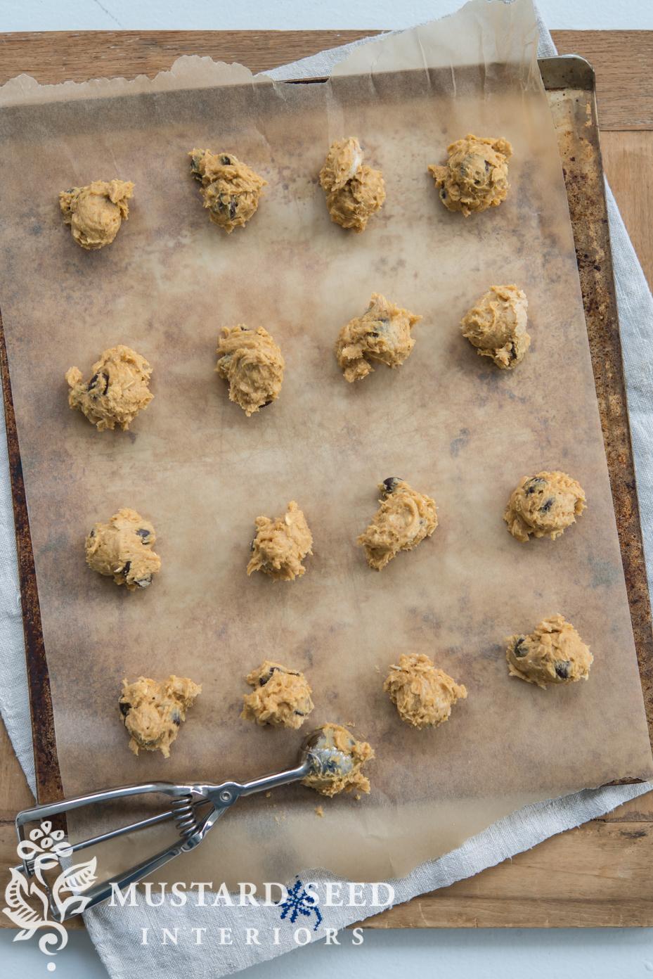 Fall Desserts | cooking tips | Pumpkin Oatmeal Chocolate Chip Cookies | missmustardseed.com