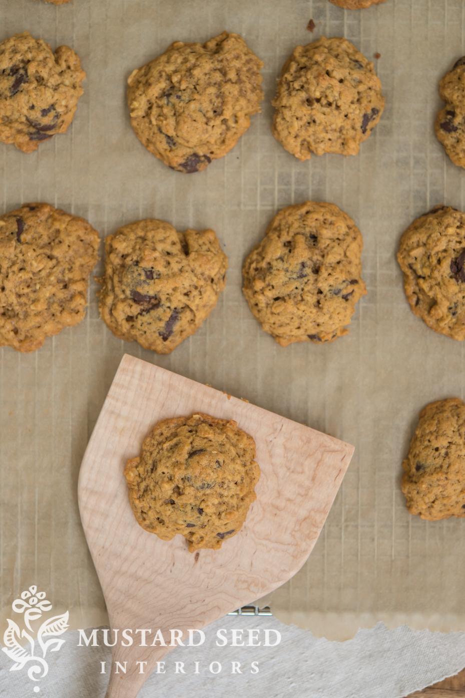 Fall Desserts | Parchment Paper Tip |Pumpkin Oatmeal Chocolate Chip Cookies | missmustardseed.com